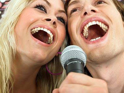 10732569-karaoke-reviews-online